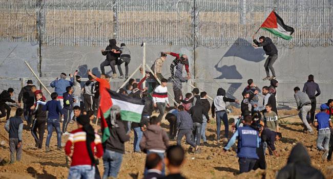 Israel Strikes Gaza After Border Bombs
