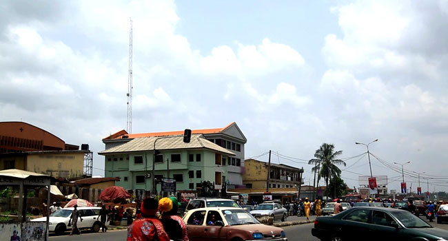Man Dies After Jumping Off A Mast In Ibadan