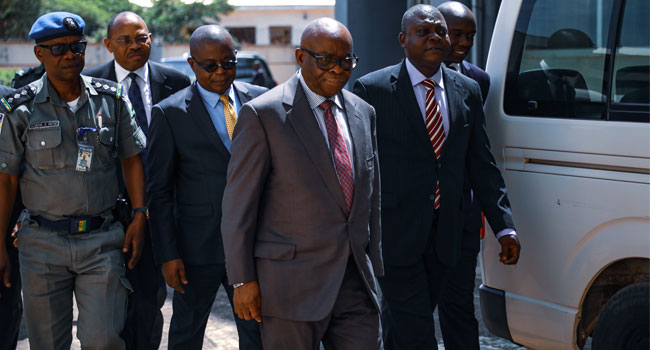 Prosecution Team Members Disagree As Onnoghen's Trial Resumes