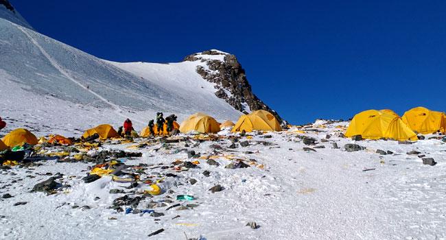 China Tackles Waste Problem On Mount Everest
