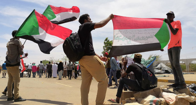 Sudan ProtestOrganisers Seek 'Immediate' Transfer Of Power To Civilian Govt