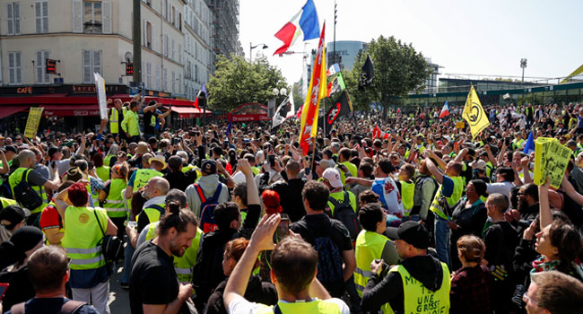 Police Arrest 'Yellow Vest' Demonstrators As Protests Resume