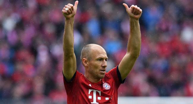 Robben,Ribery Help Bayern Go Five Points Clear InBundesliga