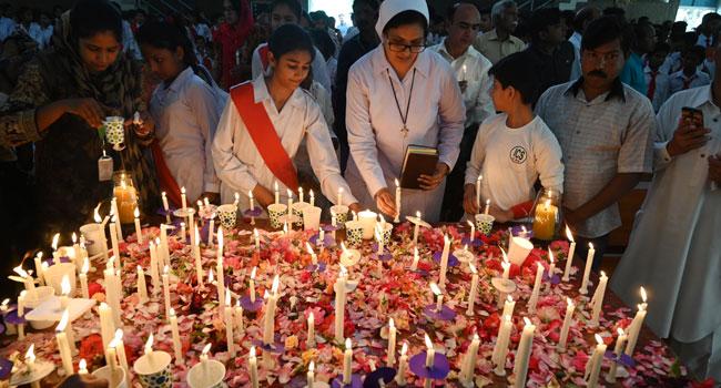 Sri Lanka Catholics To Televise Sunday Mass Amid Bomb Threat