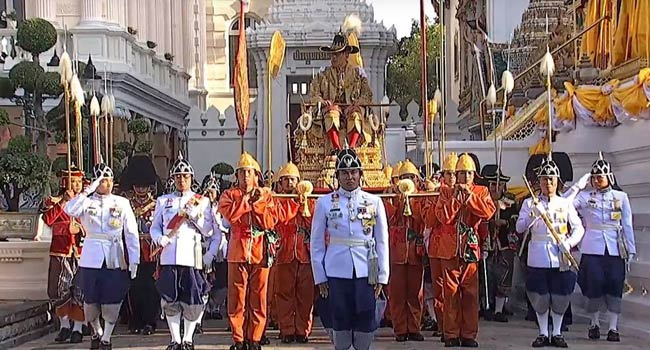 Newly-Crowned Thai King Carried In Elaborate Royal Procession