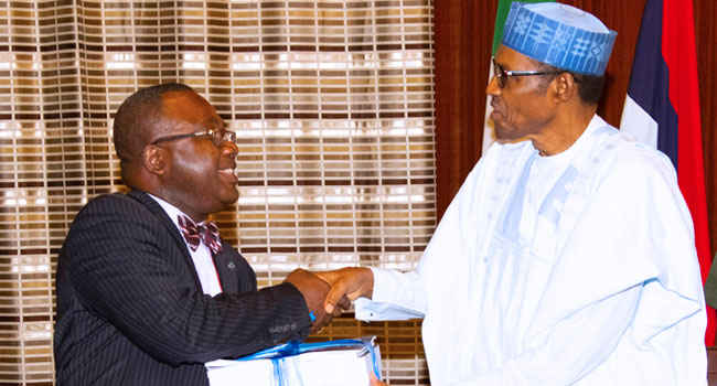 Buhari Meets With Committee On SARS Reform