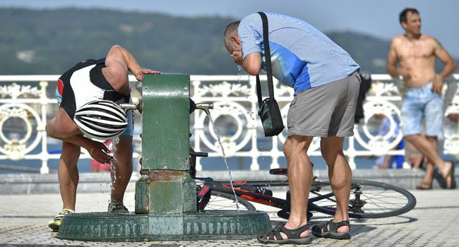 Two Die In Spanish Heatwave As France Braces For 45 Degrees