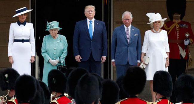 Queen Elizabeth Receives Trump At Buckingham Palace Ceremony