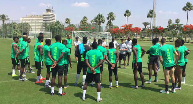 AFCON: Super Eagles Coach Rohr Keeps Players On Toes