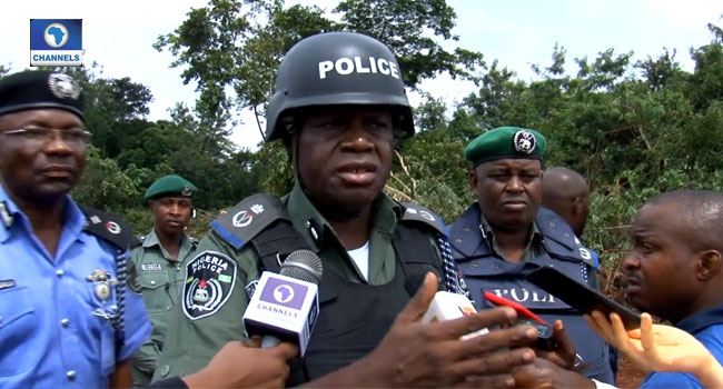Edo Govt, Police Clear Bushes On Highway To Track Kidnappers - CHANNELS TELEVISION