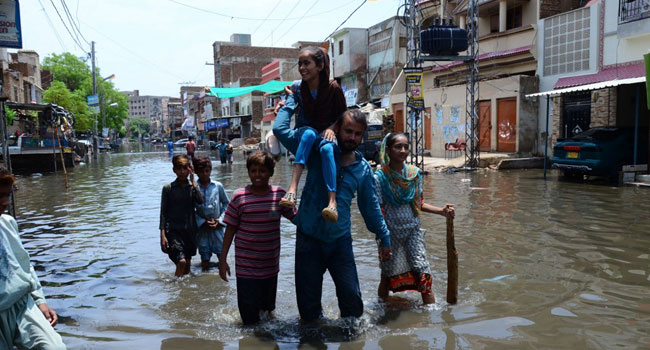 12 Killed As Flooding Paralyses Pakistan's Karachi