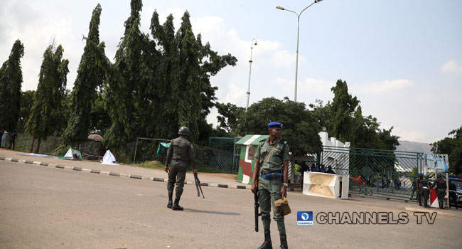Nine Police Officers Injured In Clash With Shiite Members At National Assembly