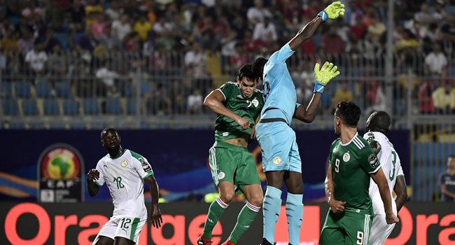 AFCON 2019: Senegal 'Keeper Mendy Out For A Month With Hand Injury