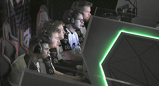 Gamers Risk Health In Bid To Become Esports Millionaires