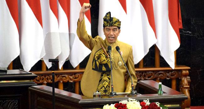 Indonesia's Widodo Pledges Capital Move, Economic Boost