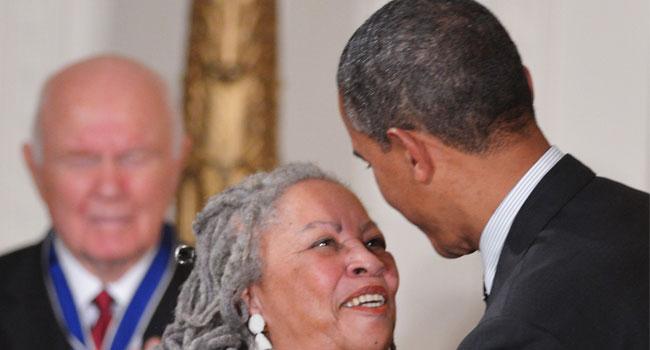 Obama Pays Tribute To 'National Treasure' Toni Morrison