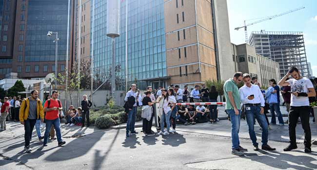 Eight Injured As 5.7-Magnitude Earthquake Shakes Istanbul
