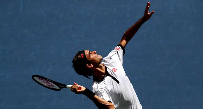 Grigor Dimitrov fights back to end ailing Roger Federer's US Open campaign