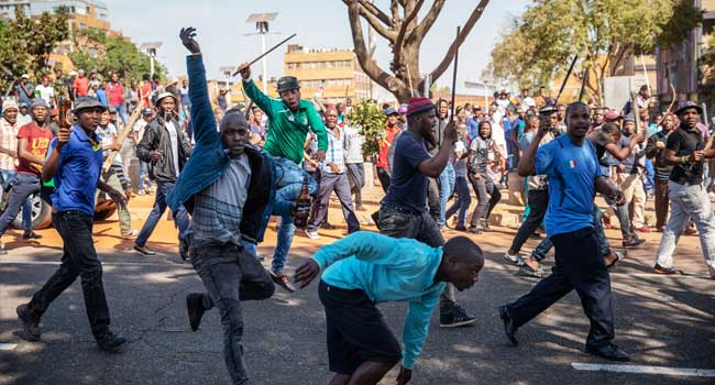 Five Dead, 189 Arrested In South Africa's Xenophobic Attacks