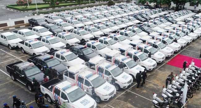 Sanwo-Olu Commissions 125 Patrol Vehicles To Improve Lagos Security - Channels Television