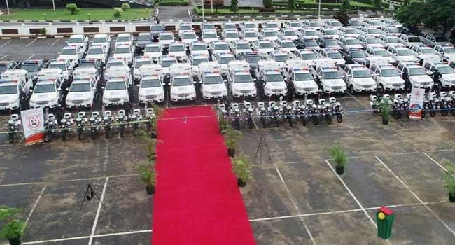 PHOTOS: Sanwo-Olu Commissions 125 Patrol Vehicles To Improve Lagos Security