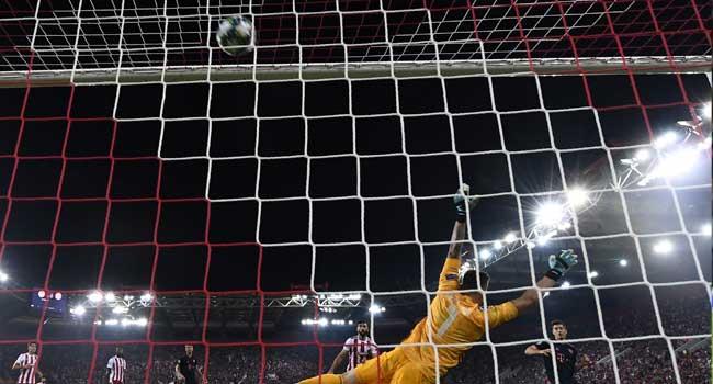 Lewandowski Double Fires Bayern To Victory Against Olympiakos