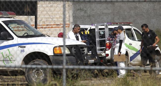 Mexican Investigators Find 31 Bodies In Secret Graves