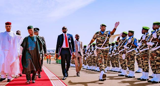 PHOTOS: Osinbajo Represents Buhari At ECOWAS Summit