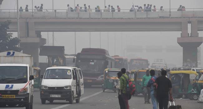 Millions Of People In Indian Capital Endure 'Eye-Burning' Smog