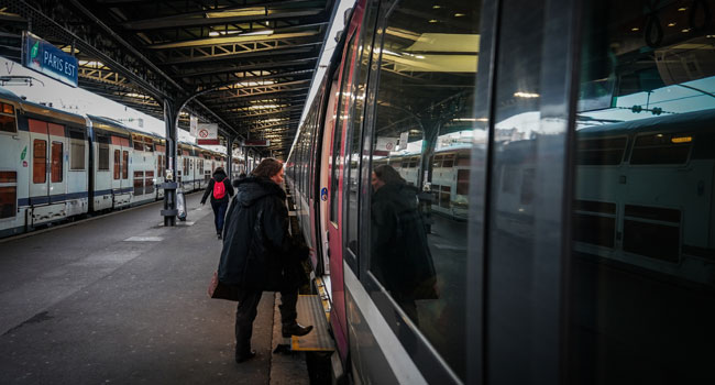 Christmas Havoc Feared As French Transport Strike Continues