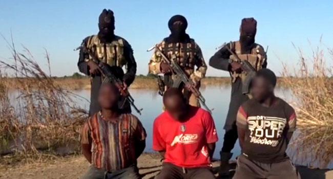 ISWAP terrorists kill two Nigerian soldiers, policeman in new video