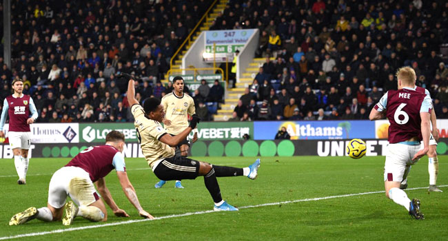 Martial, Rashford Score For United In Burnley Win
