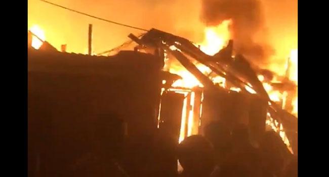 Raging Fire Guts Amu Plank Market In Lagos