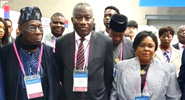 PHOTO: Obasanjo, Jonathan Meet At World Summit