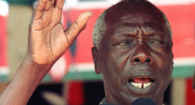 File picture of Kenyan President Daniel Arap Moi addressing a rally in Malindi, North of Mombasa, 26 August 1997. ALEXANDER JOE / AFP