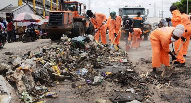 Highway sweepers in action, during the clean-up and evacuation of refuse exercise along Apapa-Wharf corridor, organised by APM terminals in partnership with LAWMA, at Apapa, on Thursday, 26thSept., 2019.