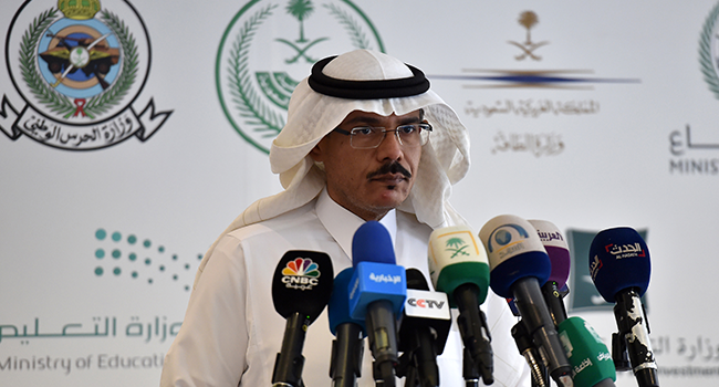 Mohammed Alabed Alali, Saudi Arabia's health minstry spokesman, addresses reporters during a press briefing about COVID-19 coronavirus disease, in the capital Riyadh on March 8, 2020. FAYEZ NURELDINE / AFP