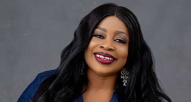 Sinach Becomes First African To Top Billboard 'Christian Songwriters' Chart