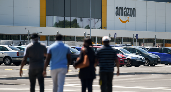 Amazon offers 125,000 full-time jobs to temporary employees