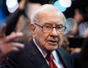 In this file photo taken on May 4, 2019, Warren Buffett, CEO of Berkshire Hathaway, speaks to the press as he arrives at the 2019 annual shareholders meeting in Omaha, Nebraska. Johannes EISELE / AFP