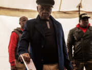 In this file photo taken on June 3, 2017 Lesotho political party All Basotho Convention (ABC) leader and candidate Tom Thabane (C) casts his ballot at a polling statio in Maseru, during Lesotho's general election. GIANLUIGI GUERCIA / AFP