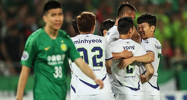 No Talking Or Goal Celebrations As South Korea Restarts Football Season