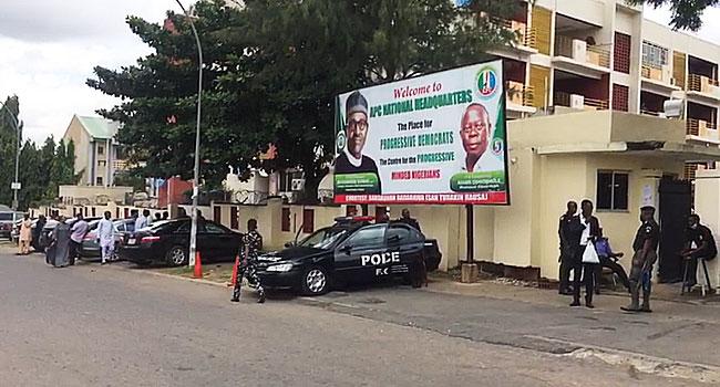 Police Seal Off APC Headquarters In Abuja
