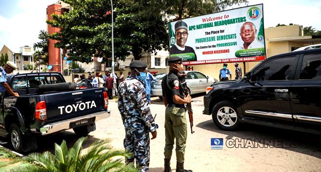 Again, Police Take Over APC Secretariat In Abuja