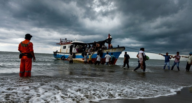 Stranded Rohingya Pulled To Shore By Sympathetic Indonesians