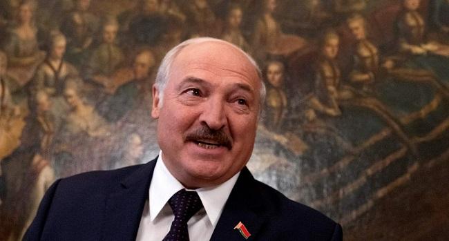 Belarus Leader Says Putin Offers Help As Pressure Builds
