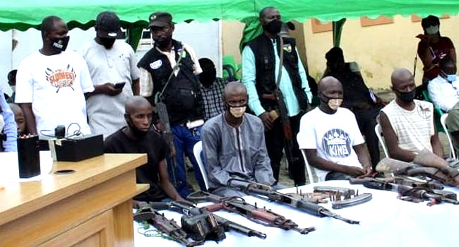 Police Arrest 35 Suspects, Recover 18 Vehicles