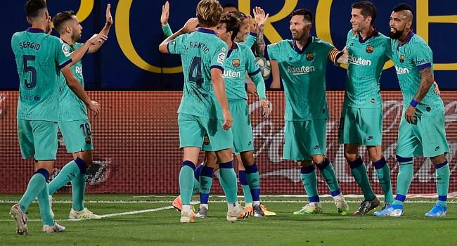 Barcelona Brush Aside Villareal To Keep Title Hopes Alive