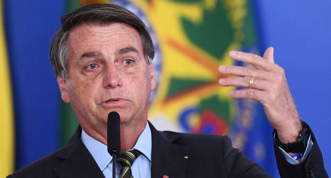 Bolsonaro Issues Decree Limiting Social Media Moderation