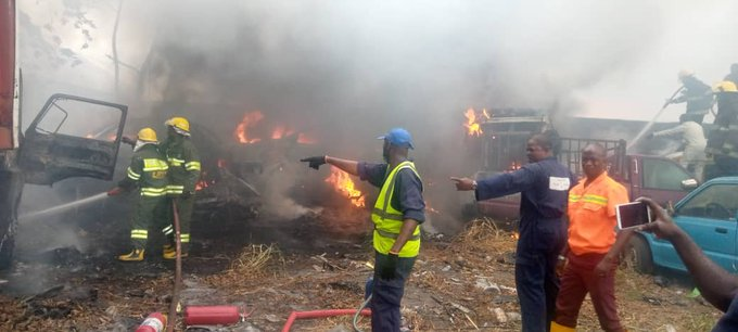 A fire at the office of the Lagos State Traffic Management Agency in Oshodi on Friday razed 10 cars and a trailer.